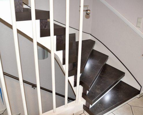 alte treppe renovieren mit treppen renovierungen schran. Black Bedroom Furniture Sets. Home Design Ideas