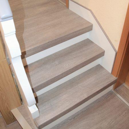 Extrem Treppenwangen renovieren - Treppen-Renovierungen Schran LO42