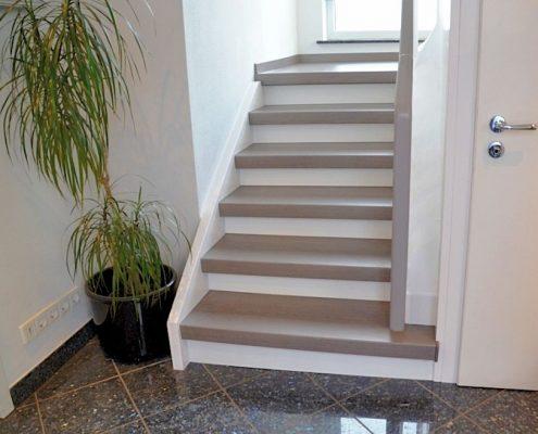 Treppensanierung in Bad Nauheim, CPL Eiche Grau