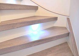 Treppenrenovierung in Rudolstadt, Vinyl Grau + LED